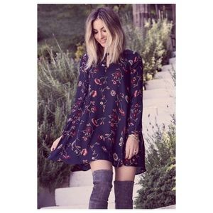 Cupcakes and Cashmere Floral Print Keyhole Dress